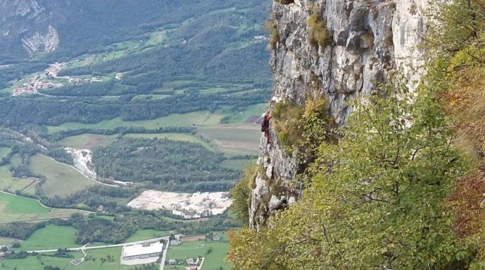 Scalatore sul Monte Cengio (foto d'archivio)