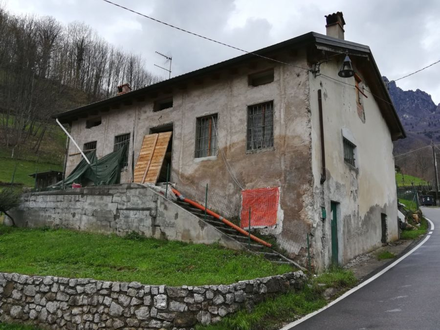 Casa messa all'asta: dentro il corpo mummificato del proprietario