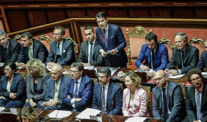 Governo conte ottiene la fiducia al senato oggi il voto for Oggi alla camera