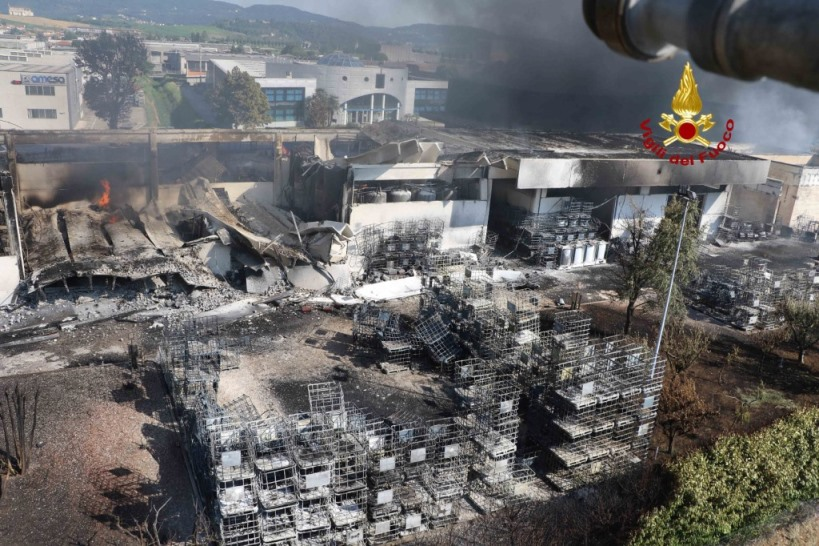 Risultati immagini per incendio isello vernici giornale di vicenza