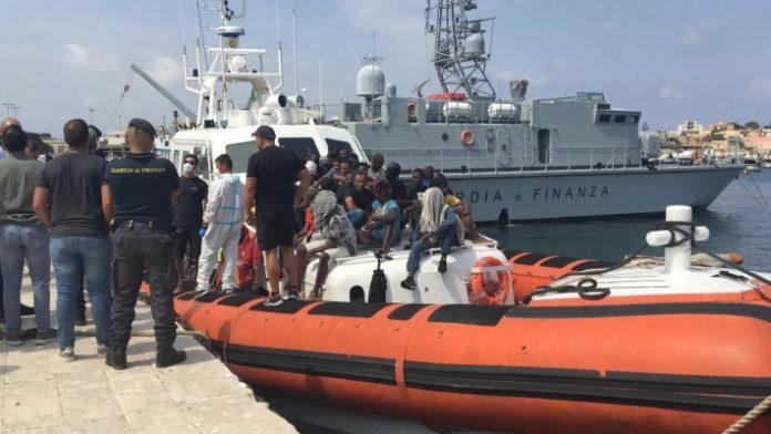 Ancora sbarchi a Lampedusa - Ticinonline