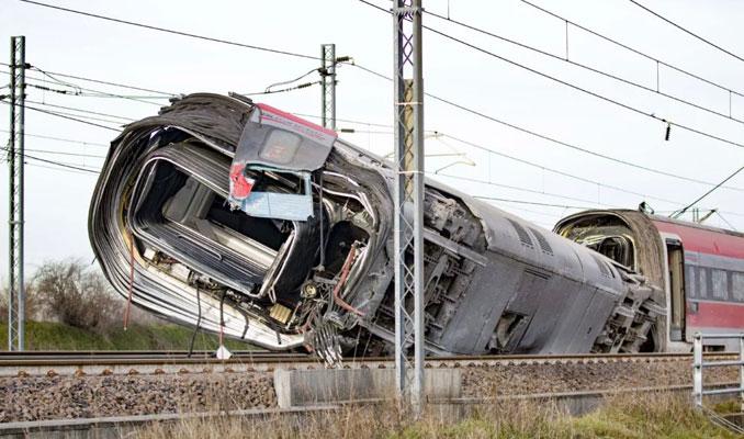 Frecciarossa deraglia: 2 morti e feriti