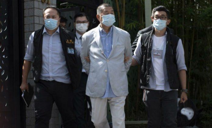Hong Kong, arrestato il gigante dell'editoria Jimmy Lai